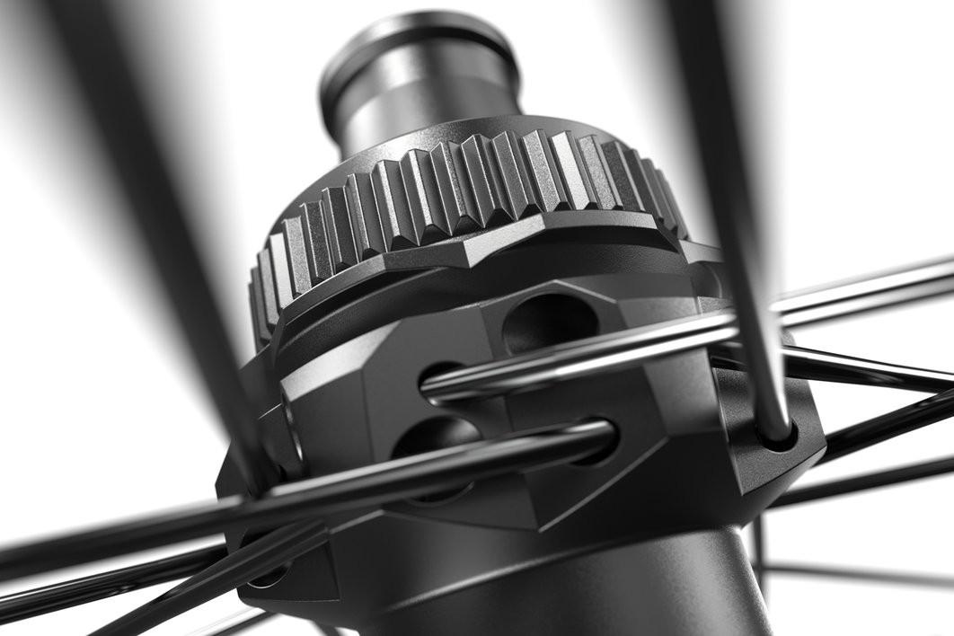 "HR DT Swiss XMC 1501 Spline DB 29""/30mm"